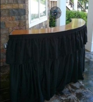 7 ft Serpentine Bar Table With Riser